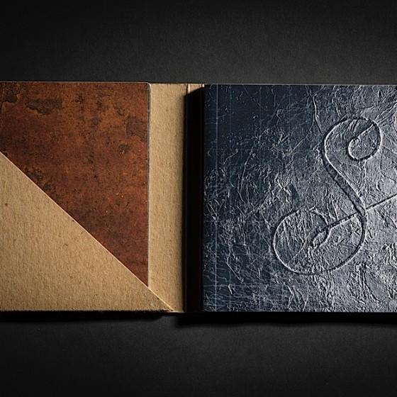 David-Sylvian-Weatherbox-inner-booklet-560x560