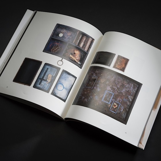 Ember-Glance-book-1990-6-560x560